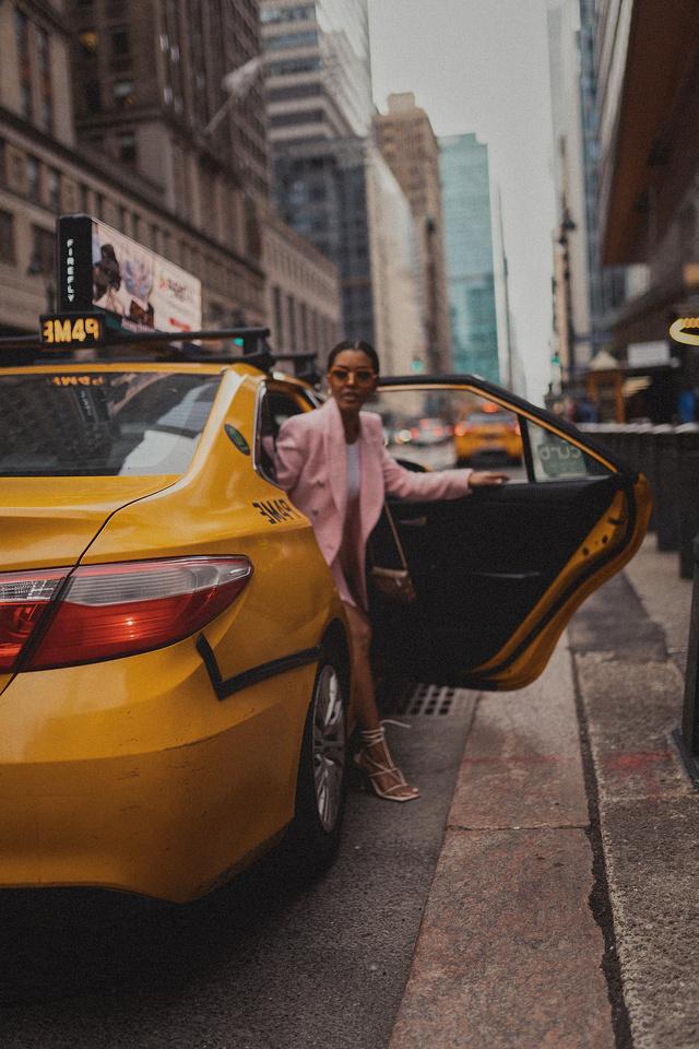 Selena Jutton Taxi_0417